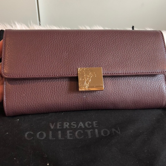 c5712f2e8fa0 NWT Versace Collection Clucth  595+Tax